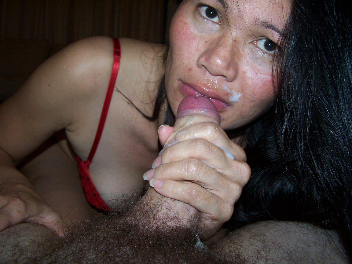 Cleaning wifes pussy