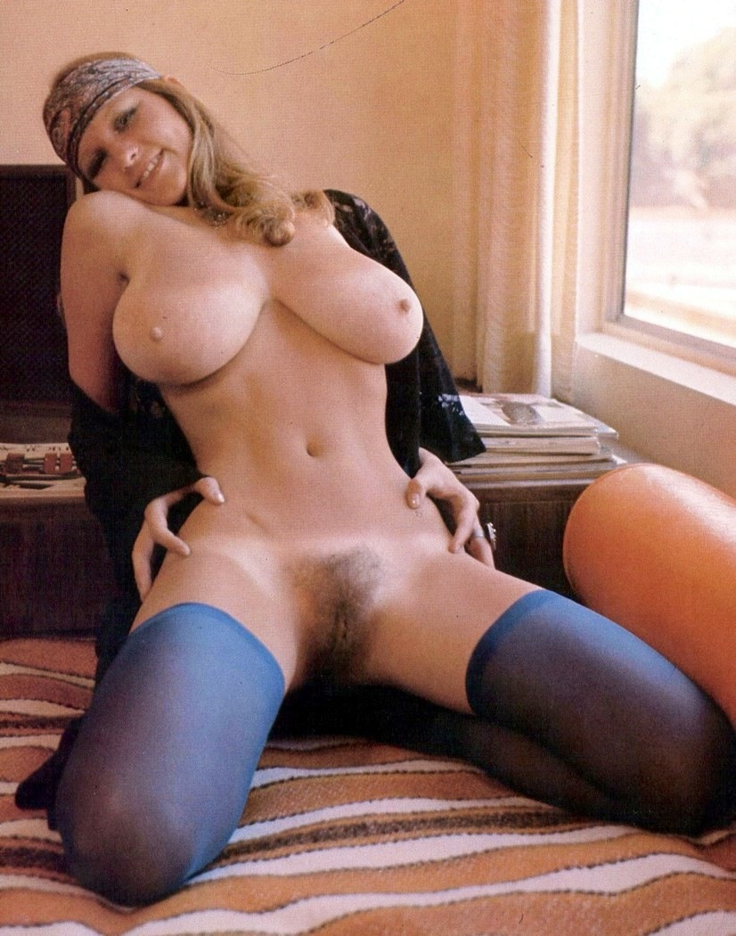 Something Retro vintage big boobs nude