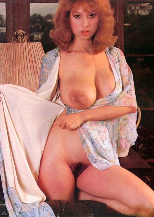 Showing Porn Images for Busty retro porn | www.nopeporn.com