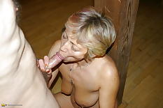 Mature granny loves sucking my cock 1680X1117 jpeg
