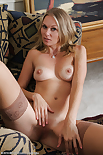 All over 30 mature lara milf elaine 683X1024 jpeg
