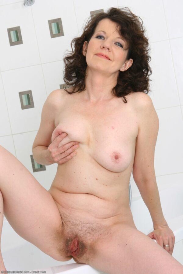 Mature lesbian porn sites-6900