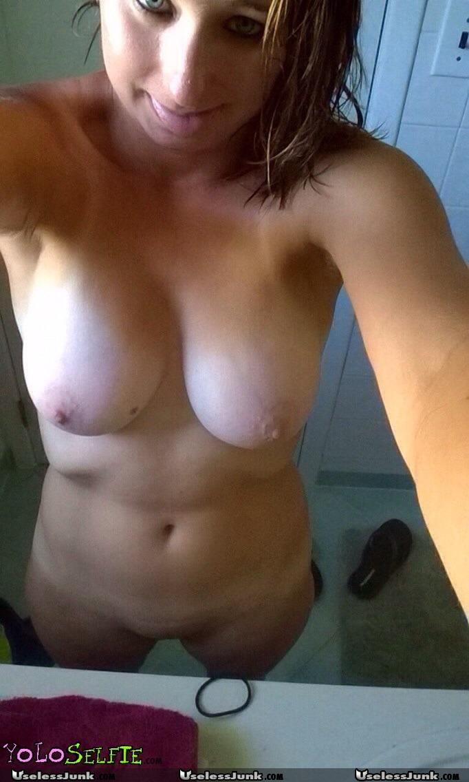Playboy Playmate Laura Misch Nude - Nuslutcom-5489