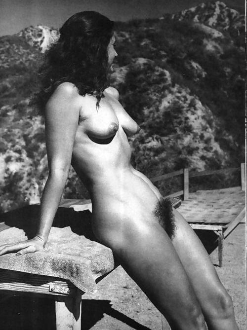 retro hairy hot nudist women