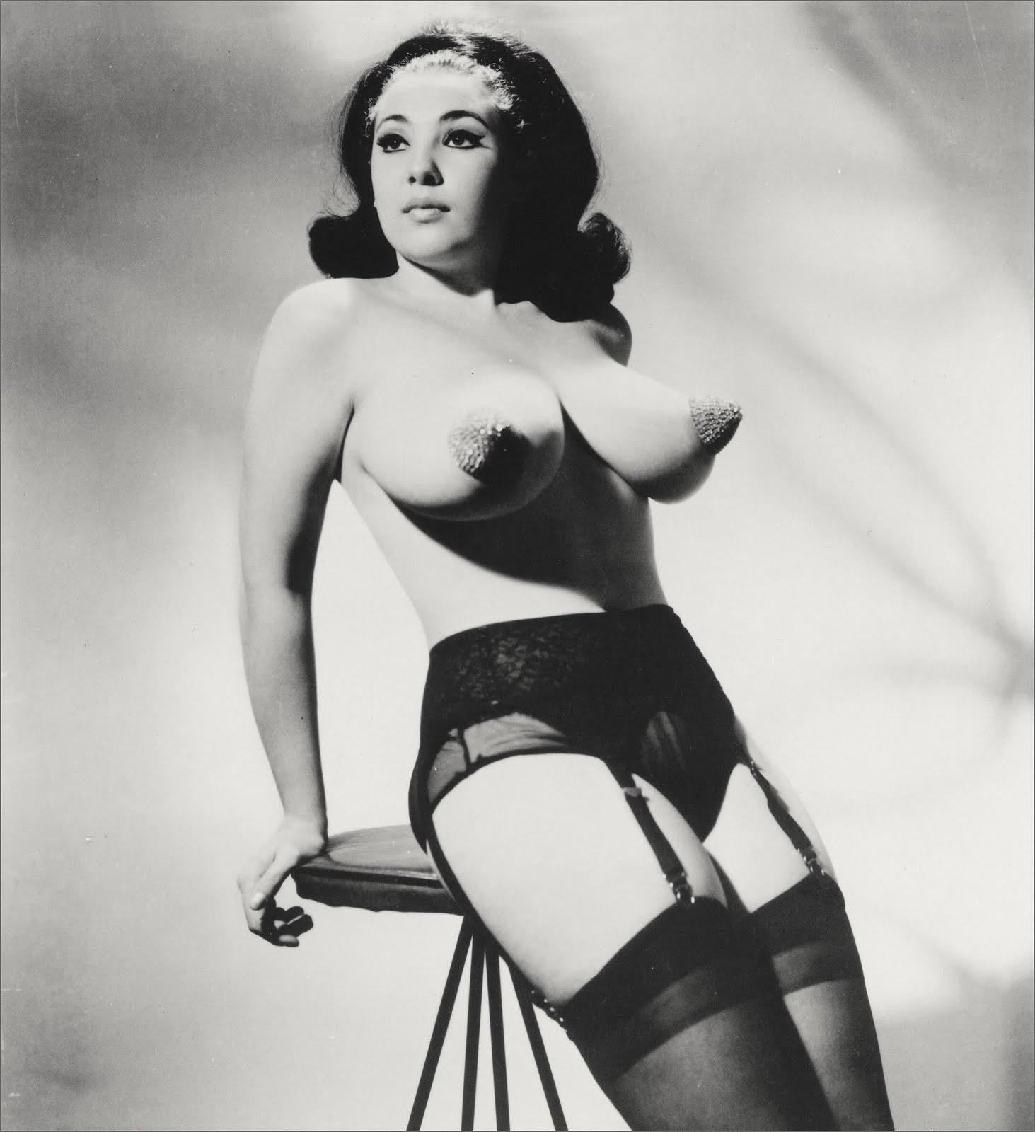 nude burlesque video