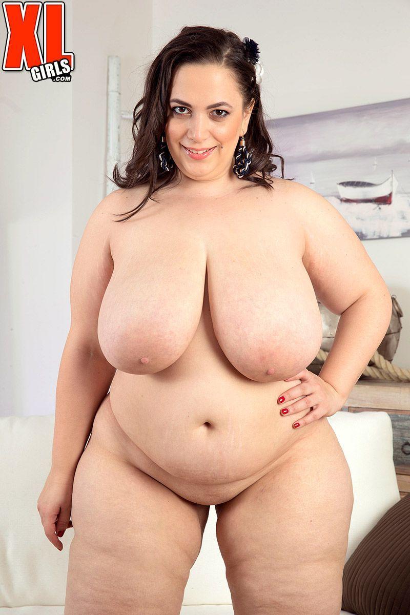 Nude mia sweetheart