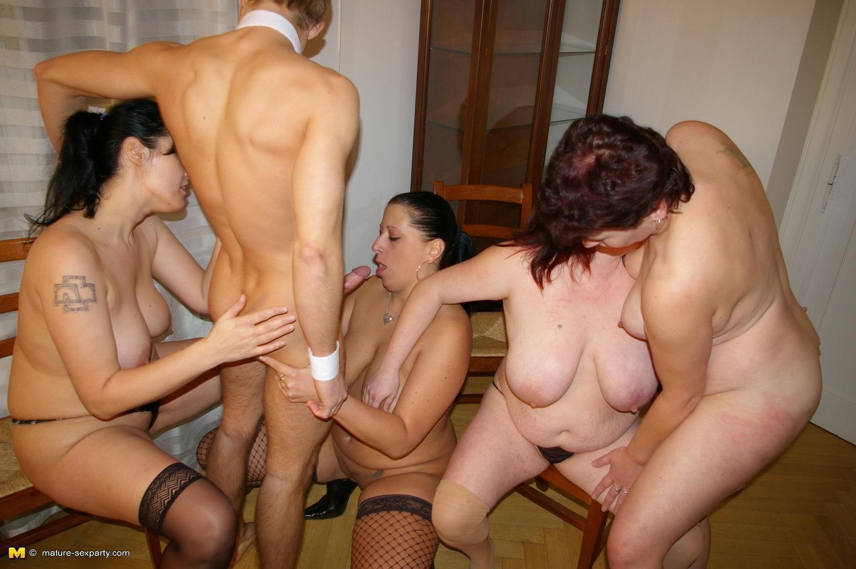 Porn threesome mature-8295