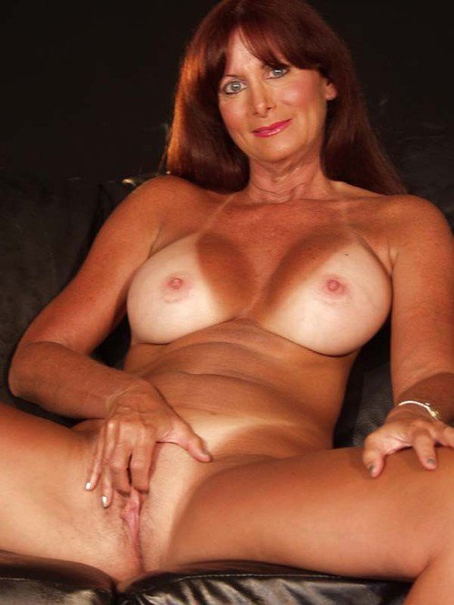 Mature hot milfs free