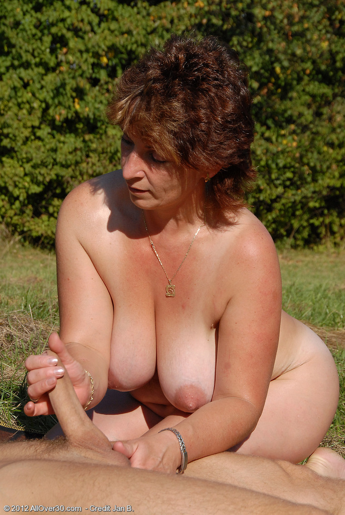 Brunette Czech Casting Milf - Nuslutcom-2446