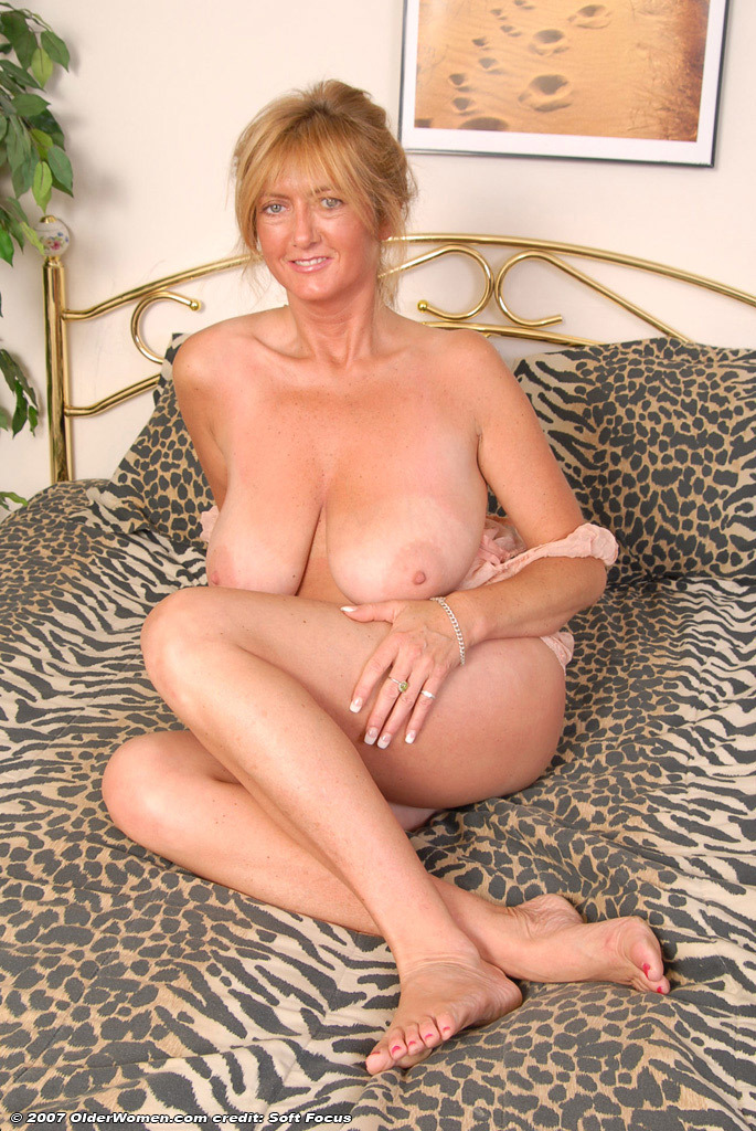 Mature Exhibitionist Couples - Nuslutcom-4716