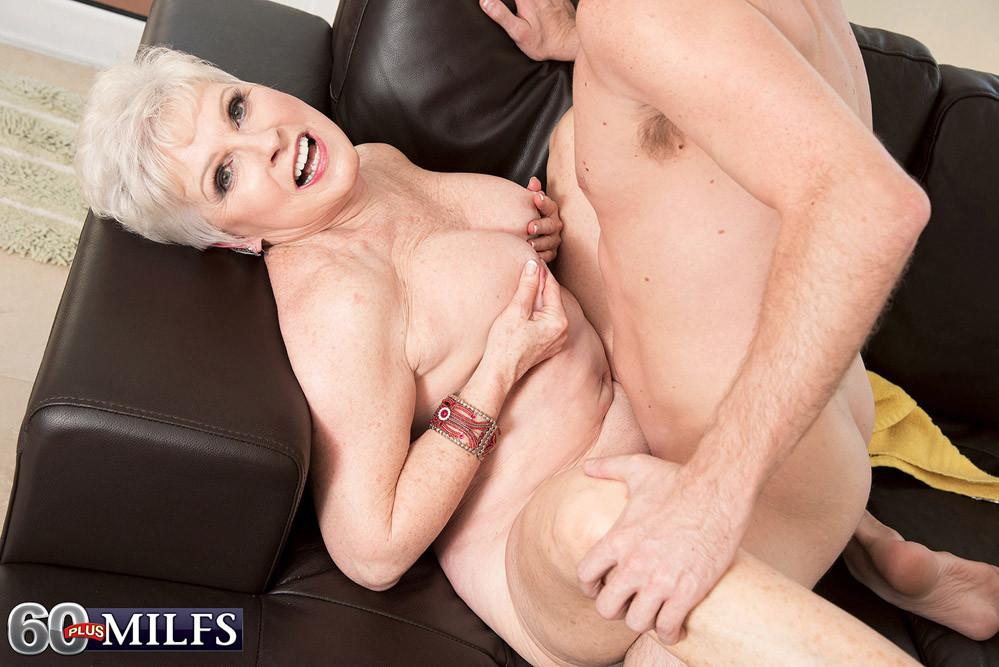 Wife loves big penis